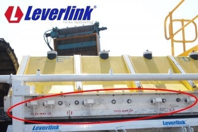 Skirting system for conveyor. Conveyor skirt clamp